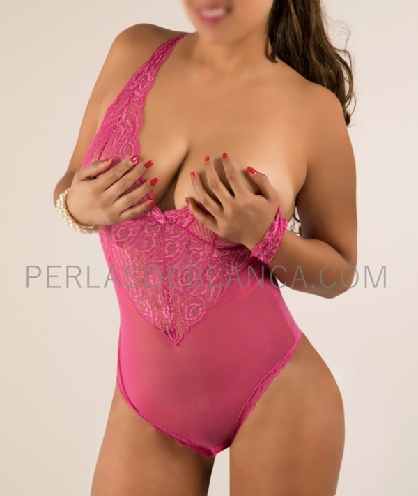 Sonia, Escort in Madrid with impressive natural breast - Perlas de Blanca
